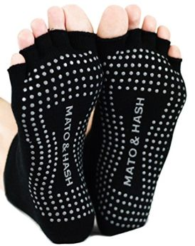 Mato-Hash-Toeless-Half-Toe-Yoga-Socks-With-Grip-0