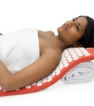 Saffron-Red-Hemp-Acupressure-Massage-Mat-with-carry-bag-0-2