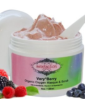 VeryBerry-Organic-Oxygen-Masque-Scrub-with-Antioxidants-Vitamin-C-Superberries-NEW-0